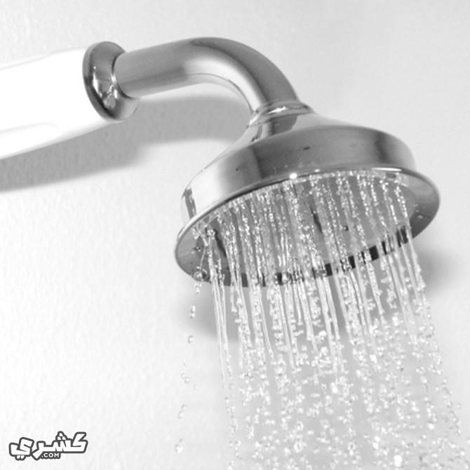 تجنب فتح الفم أثناء الاستحمام