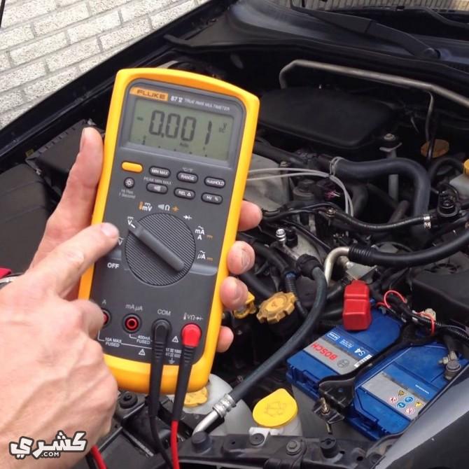 التزم بقدرة البطارية التي تحددها الشركة المنتجة لسيارتك