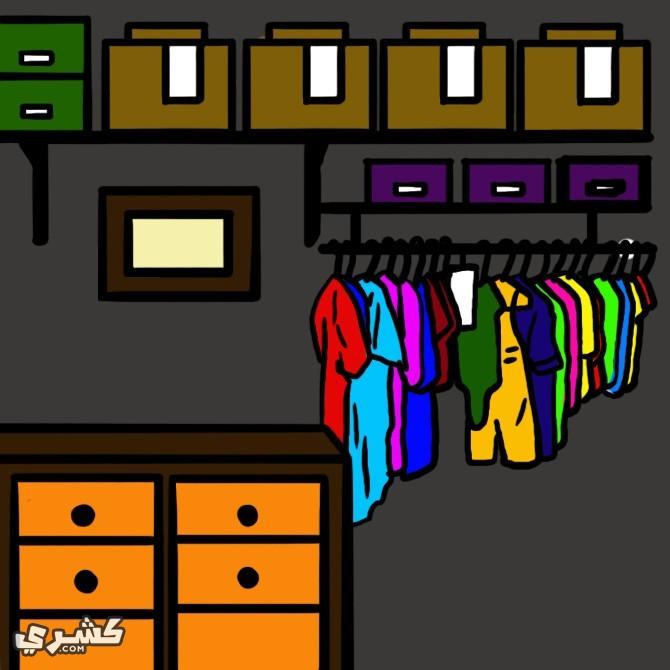 قومي بتنظيم الملابس وتعليقها